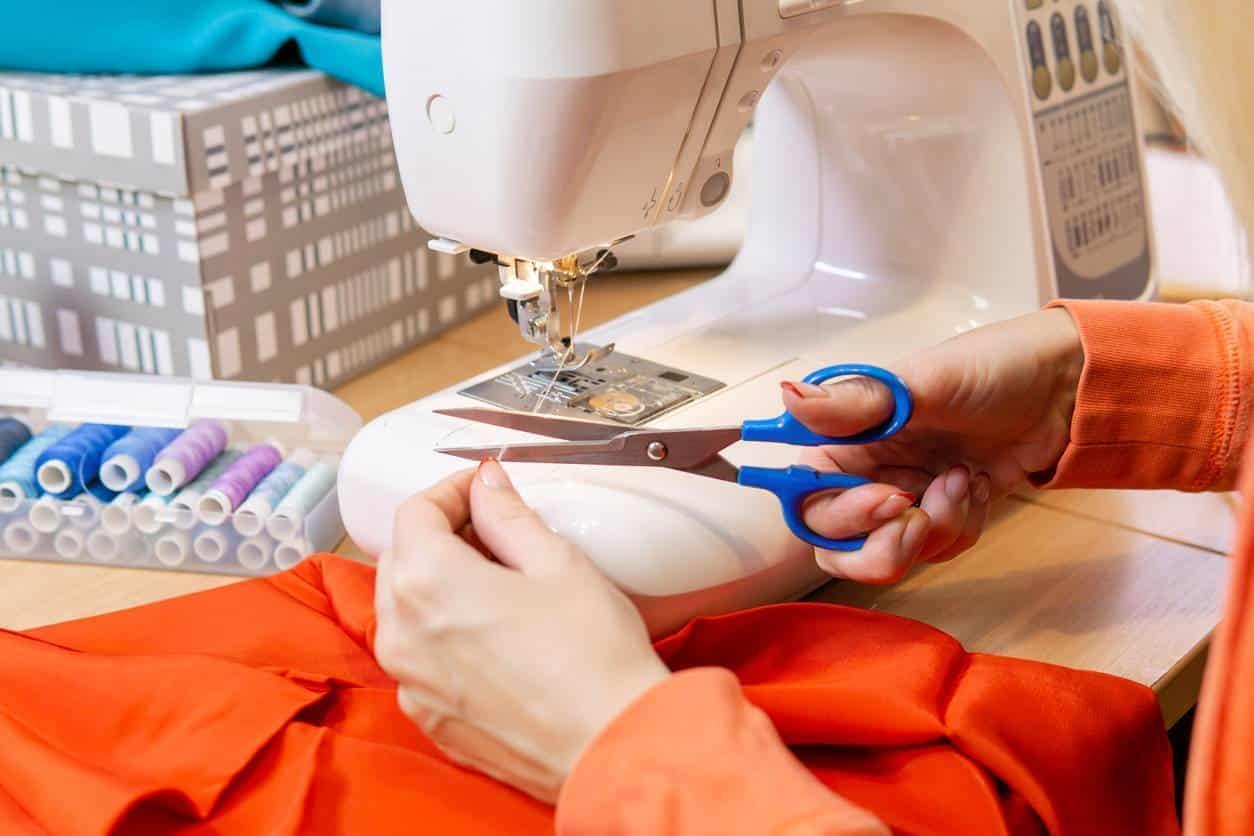 ciseau électrique couture