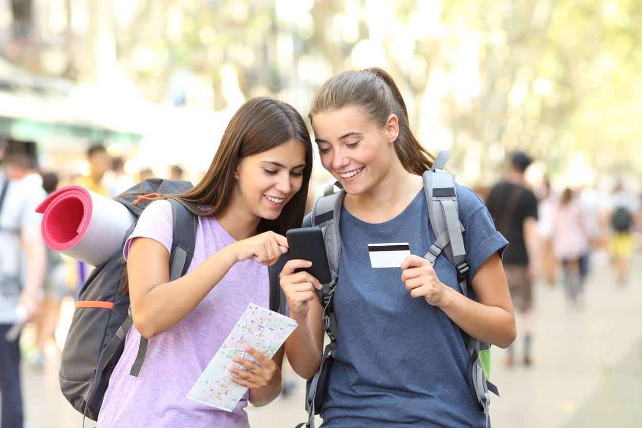 Les avantages d'un compte bancaire pour jeunes de 16 à 17 ans