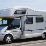 Quels sont les avantages de rouler en camping-car?