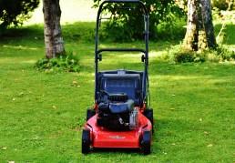 outils jardin pelouse